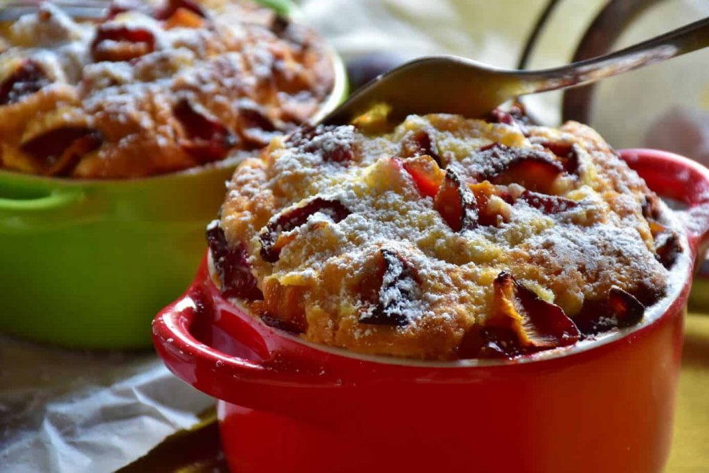 Air fryer fruit pudding