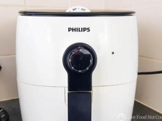 White Philips viva airfryer