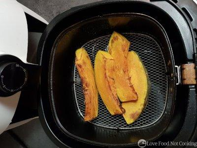 Air fryer roasted pumpkin
