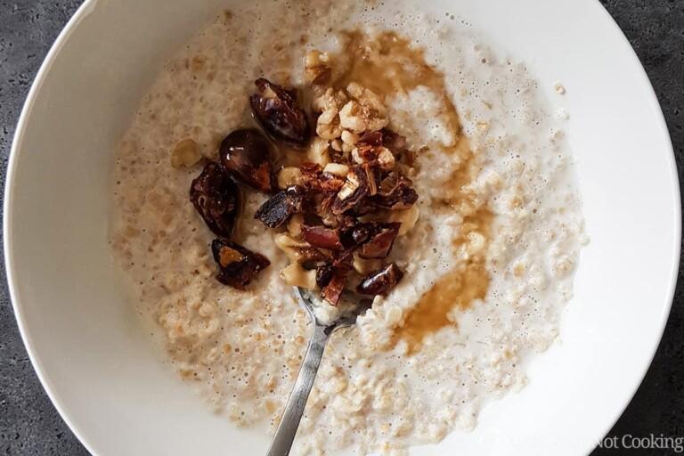 Instant Pot Oatmeal (steel-cut oats)