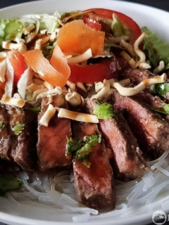 Quick Thai Beef Salad Bowl