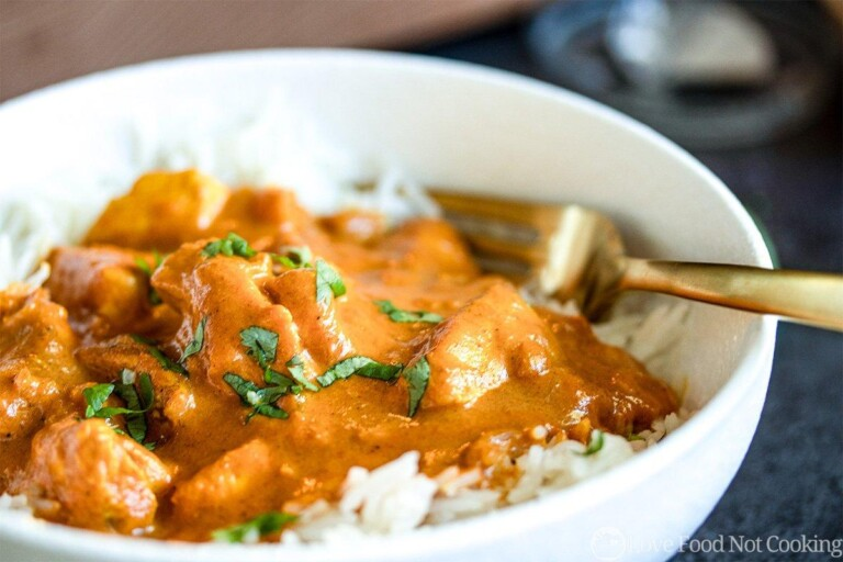 Easy butter chicken in a white bowl